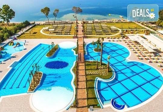Луксозна почивка в Amara Sealight Elite 5*, Кушадасъ, Турция! 5 или 7 нощувки на база 24 Н Ultra All Inclusive, възможност за транспорт - Снимка 2
