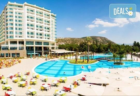 Луксозна почивка в Amara Sealight Elite 5*, Кушадасъ, Турция! 5 или 7 нощувки на база 24 Н Ultra All Inclusive, възможност за транспорт - Снимка 1
