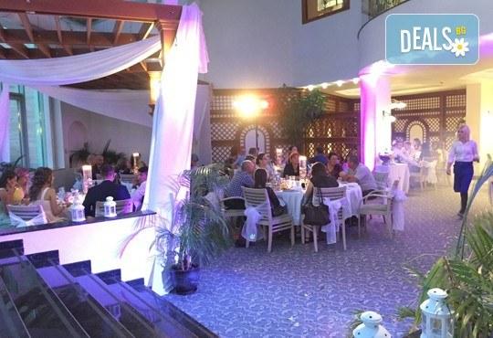 DJ / дисководещ за вашия абитуриентски бал, сватба или друго събитие, на място по ваш избор, от Парти агенция Естер Евент! - Снимка 4