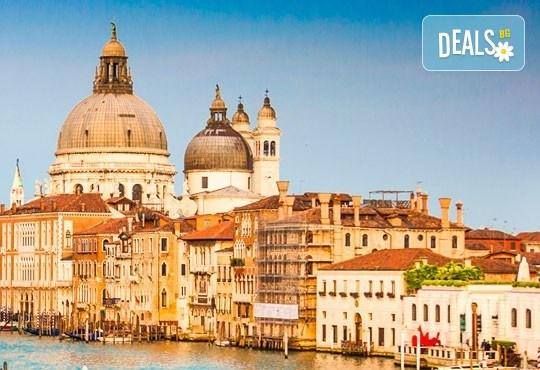 Италианските съкровища! Гранд тур на Италия с Караджъ Турс: самолетен билет, летищни такси, трансфери, 7 нощувки със закуски, хотели 3*, водач и програма - Снимка 12