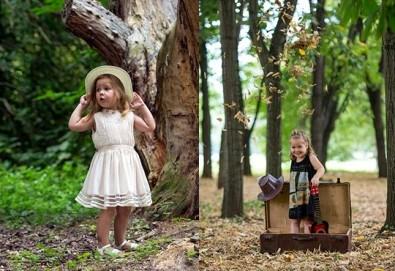 Професионална детска или семейна фотосесия по избор, в студио или външна и обработка на всички заснети кадри от Chapkanov Photography! - Снимка