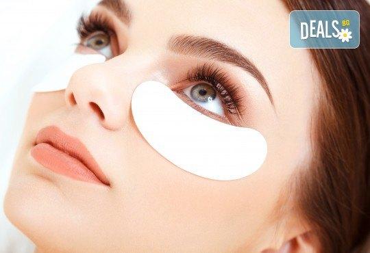Пленителни очи! Поставяне на мигли по метода косъм по косъм в салон за красота Noni Style! - Снимка 3