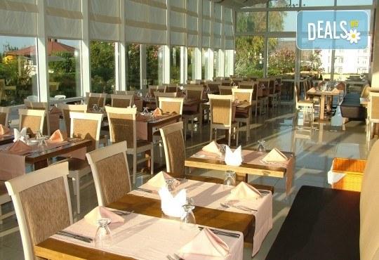 Септември в Чешме, Турция, с Вени Травел! 7 нощувки All Inclusive в хотел Babaylon Hotel 4*, възможност за транспорт! - Снимка 7