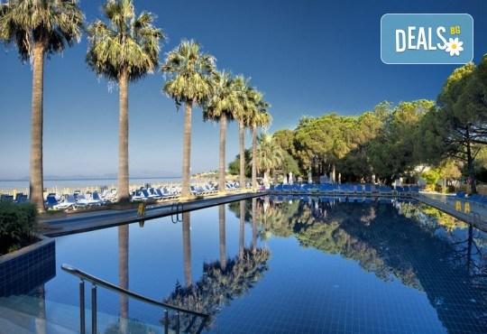 Майски празници в Кушадасъ, Турция, с Вени Травел! 7 нощувки All Inclusive в комплекс Omer Holiday Resort 4*, възможност за транспорт - Снимка 12