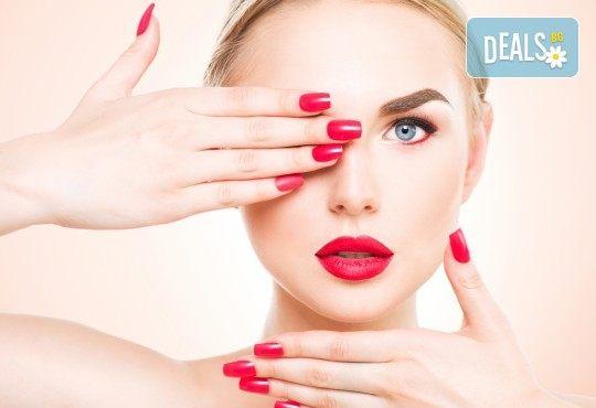 Красив маникюр! Изграждане с гел, маникюр с BlueSky, 4 декорации или камъчета, пилинг и масаж на ръцете в New faces-beauty studio! - Снимка 1