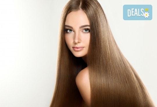 Удължаване и сгъстяване на коса чрез 100% естествени екстеншъни в салон Женско Царство в Центъра или Студентски град! - Снимка 3