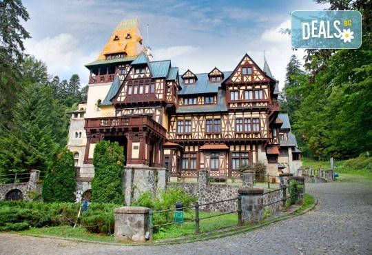 Уикенд в Румъния през пролетта или лятото! 2 нощувки със закуски в Синая, транспорт, екскурзовод, разходка в Букурещ и възможност за посещение на замъка в Бран! - Снимка 4