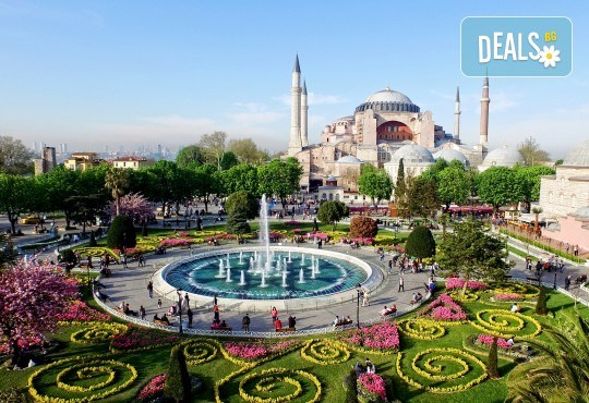 Екскурзия през април до приказно красивия Фестивал на лалето в Истанбул - 2 нощувки със закуски в хотел 3*, транспорт от Бургас, пътни и гранични такси и водач! - Снимка 4