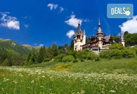 Уикенд в Румъния през пролетта или лятото! 2 нощувки със закуски в Синая, транспорт, екскурзовод, разходка в Букурещ и възможност за посещение на замъка в Бран! - Снимка 2