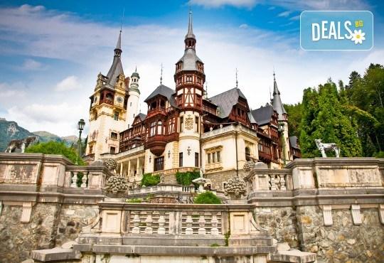 Уикенд в Румъния през пролетта или лятото! 2 нощувки със закуски в Синая, транспорт, екскурзовод, разходка в Букурещ и възможност за посещение на замъка в Бран! - Снимка 3