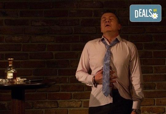 """Гледайте носителя на ИКАР Симеон Владов в """"Любовта не може просто да отмине"""" на 04.04. от 19.30ч. в Театър Сълза и Смях, камерна сцена - Снимка 5"""