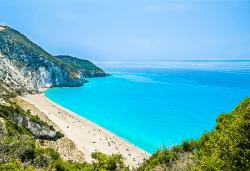 Мини почивка на остров Лефкада през май или септември! 3 нощувки със закуски, транспорт и водач - Снимка