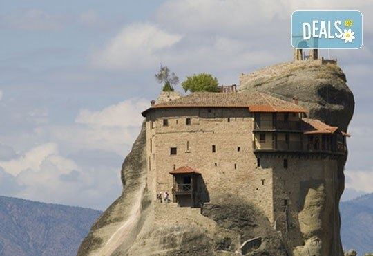 Екскурзия до Солун и Олимпийската ривиера! 2 нощувки със закуски в хотел 2*, транспорт, панорамна обиколка в Солун и възможност за екскурзия до Метеора - Снимка 7
