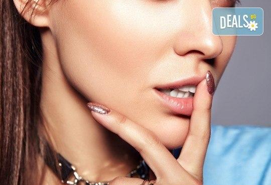 Красиви нокти! Изграждане с гел на SNB и маникюр с обикновен или гел лак в салон за красота Madonna! - Снимка 3