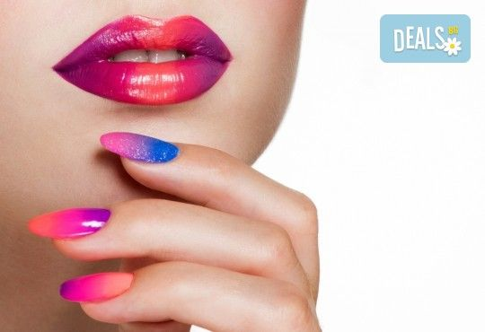 Класически или френски маникюр с гел лак Blue Sky или Rec, богат избор от ефекти, 4 авторски декорации и хидратиращ масаж на ръце в Beauty center D&M! - Снимка 1