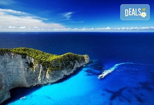 Майски празници на о. Закинтос - перлата на Йонииско море! 3нощувки със закуски в хотел 3*, транспорт и екскурзовод! - Снимка 3