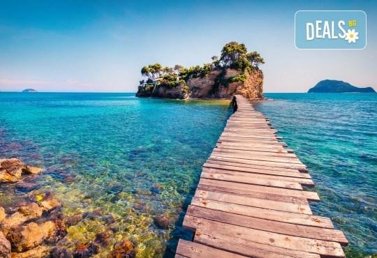 Майски празници на о. Закинтос, Гърция: 3 нощувки и закуски в хотел 3*, транспорт
