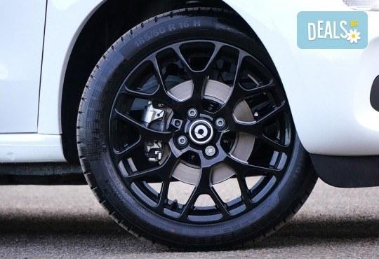 Смяна на 4 броя гуми, монтаж, демонтаж, баланс, тежести и смяна на 4 винтила в сервиз Автомакс 13 в кв. Люлин 7! Предплатете! - Снимка 1