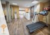 Стройна фигура! Антицелулитен масаж с мед на бедра за детоксикация и ефективно стопяване на сантиметри в масажно студио Alder health & wellness! - thumb 5