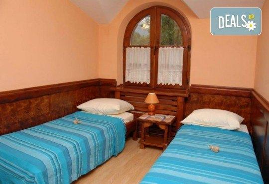 Гергьовден в СПА Etno Hotel Rtanj Balasevic 3*, Сърбия! 2 нощувки със закуски и вечери с жива музика и напитки без лимит, ползване на басейн, транспорт - Снимка 4
