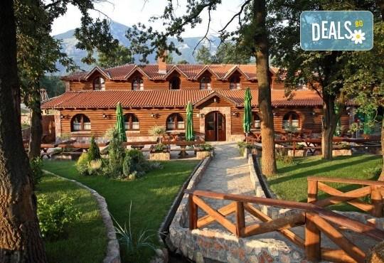 Гергьовден в СПА Etno Hotel Rtanj Balasevic 3*, Сърбия! 2 нощувки със закуски и вечери с жива музика и напитки без лимит, ползване на басейн, транспорт - Снимка 1