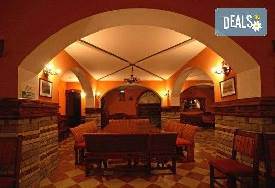 Гергьовден в СПА Etno Hotel Rtanj Balasevic 3*, Сърбия! 2 нощувки със закуски и вечери с жива музика и напитки без лимит, ползване на басейн, транспорт - Снимка 6