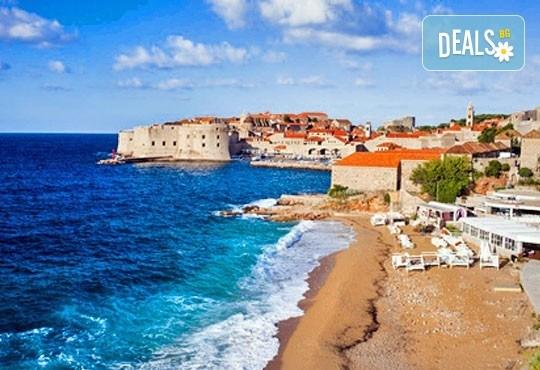 Майски празници в Будва и Дубровник: 3 нощувки, закуски и вечери, транспорт и програма