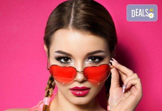 Станете модел за перманентен грим на вежди чрез най-новата и иновативна техника - тип пудра, в студио за красота Victoria Sonten! - Снимка 1