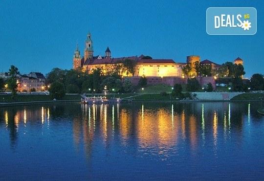 Екскурзия през септември до Краков, Будапеща и Нови Сад! 4 нощувки със закуски, транспорт и водач от агенция Шанс 95! - Снимка 4