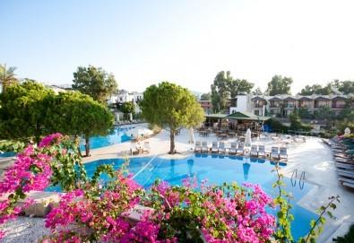 Май или юни на почивка в Ayaz Aqua Hotel 4*, Бодрум, Турция! 7 нощувки на база All Inclusive, самолетен билет, летищни такси и трансфери - Снимка