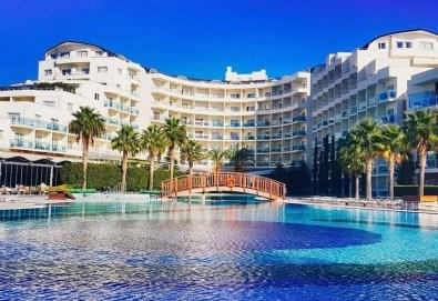 Майски празници в Sea Light Resort Hotel 5*, Кушадасъ, Турция! 5 или 7 нощувки на база Ultra All Inclusive, безплатно за дете до 12.99г. и възможност за транспорт! - Снимка