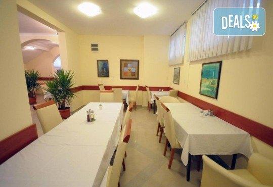 Екскурзия до Черна гора и Хърватия през май или септември с ТА Имтур! 3 нощувки със закуски и вечери в хотел 3* в Будва, транспорт, водач и 1 ден в Дубровник - Снимка 13