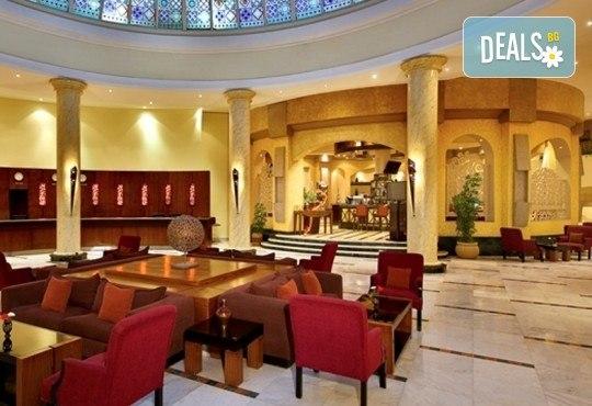 Last minute почивка в Египет - страната на фараоните! 7 нощувки в хотел Hilton Hurghada Long Beach Resort 5*, Хургада, самолетен билет, летищни такси и трансфери - Снимка 15