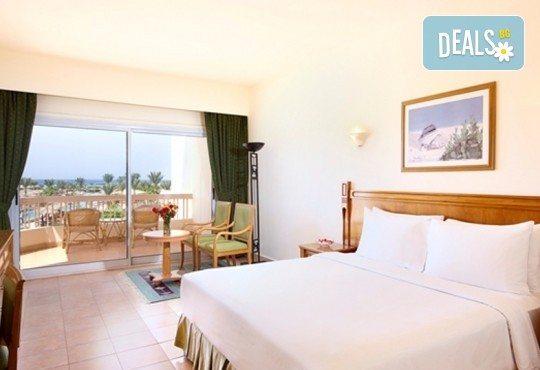 Last minute почивка в Египет - страната на фараоните! 7 нощувки в хотел Hilton Hurghada Long Beach Resort 5*, Хургада, самолетен билет, летищни такси и трансфери - Снимка 14