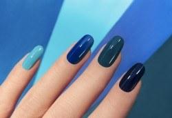 Маникюр в цвят от богат каталог от цветове на BlueSky в Салон за красота Belisimas! - Снимка