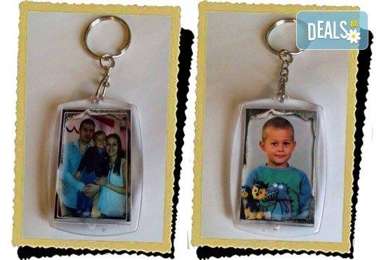 Подарък за Вашата малка принцеса! Чаша за момиче и ключодържател или магнит от Сувенири Царево! - Снимка 13