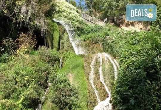 Еднодневна екскурзия до града на водопадите Едеса в Гърция! Транспорт, екскурзовод и програма от Глобус Турс! - Снимка 3