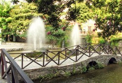 Еднодневна екскурзия до града на водопадите Едеса в Гърция! Транспорт, екскурзовод и програма от Глобус Турс! - Снимка