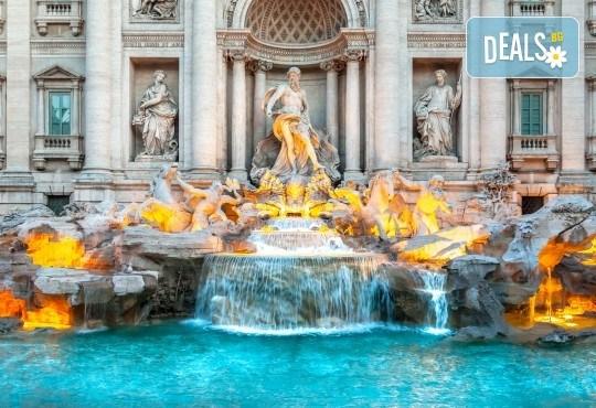 Ранни записвания за лятна екскурзия до Рим, Италия! 3 нощувки със закуски, самолетен билет с ръчен багаж и летищни такси - Снимка 2
