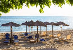 На плаж и разходка през юни до Солун и Паралия, Гърция! 2 нощувки със закуски в хотел 3* и транспорт, безплатно за дете до 3г. - Снимка
