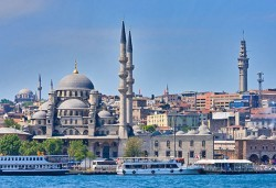 Майски празници в космополитния Истанбул! 2 нощувки със закуски в хотел 3*, транспорт и посещение на Одрин! - Снимка