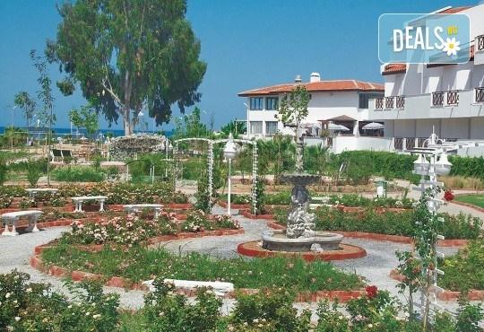 Почивка в хотел Sentinus 4*, Кушадасъ, Турция, през май! 5 или 7 нощувки на база All Inclusive, безплатно за дете до 12.99г. и възможност за транспорт! - Снимка 7