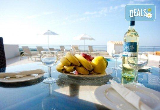 Почивка в Пафос, o. Кипър, през май или юни! 5 нощувки в студия в Club St George Resort 3*, самолетен билет и трансфери! - Снимка 6