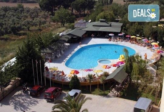 Изпратете лятото с почивка във Flora Suites 3*, Кушадасъ, Турция! 7 нощувки на база All Inclusive и възможност за транспорт! - Снимка 5