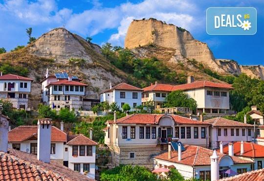 Еднодневна екскурзия на 27.05. до Рупите, Мелник и Роженския манастир: транспорт и водач