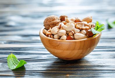 Вземете половин килограм суров или печен микс с ядки и плодове от Афродита КМ! - Снимка