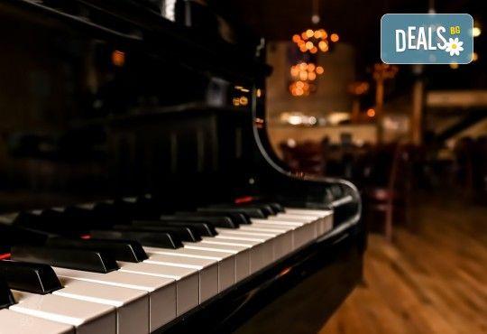 """Концерт """"Hommage a Debussy"""": клавирен рецитал на Жени Захариева на 26-ти май (събота) в Камерна зала България! - Снимка 3"""