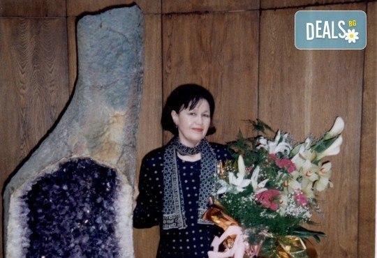 """Концерт """"Hommage a Debussy"""": клавирен рецитал на Жени Захариева на 26-ти май (събота) в Камерна зала България! - Снимка 1"""