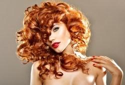 Нова визия! Подстригване, боядисване с Ваша боя, възстановяваща терапия със серум и оформяне със сешоар в козметично студио Beauty! - Снимка