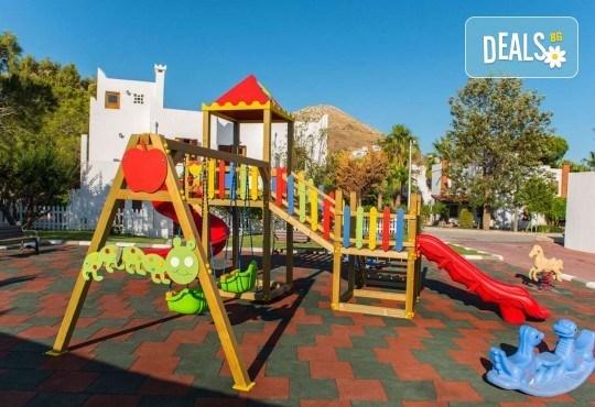 Есенна почивка в Grand Park Bodrum 5*, Турция! 7 нощувки на база Ultra All Inclusive, безплатно за дете до 12.99г. - Снимка 14